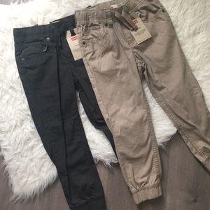 Levi's Jogger Pants (2)